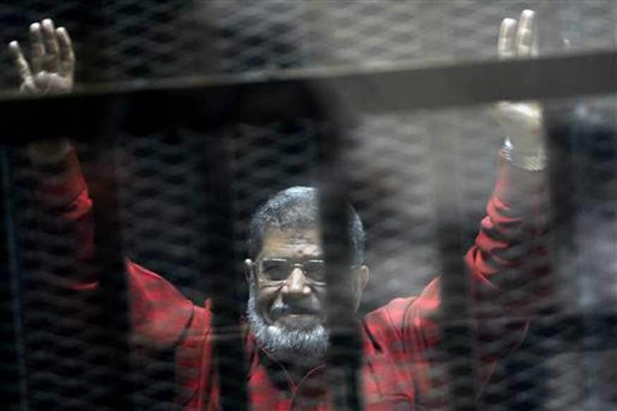 Egypt Brotherhood Chief and His Deputy Sentenced to Life for 'Spying': Source