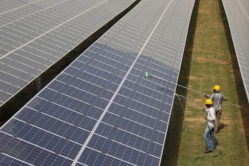 U.S. Solar Installations Rise Despite Drop in Residential Market