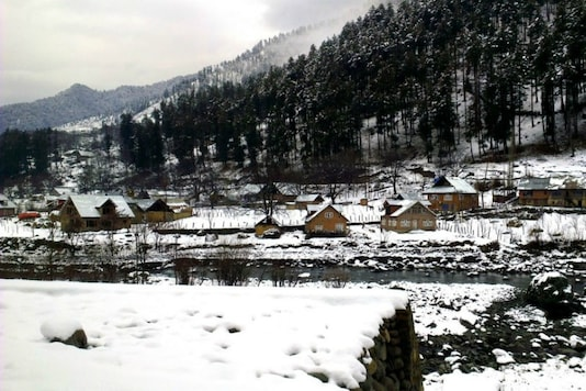 Coldest temperatures in a decade in Pahalgam