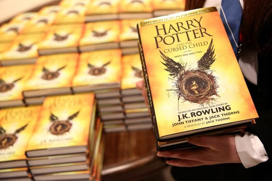 Catholic Priests Burn 'Sacrilegious' Harry Potter Books in Poland