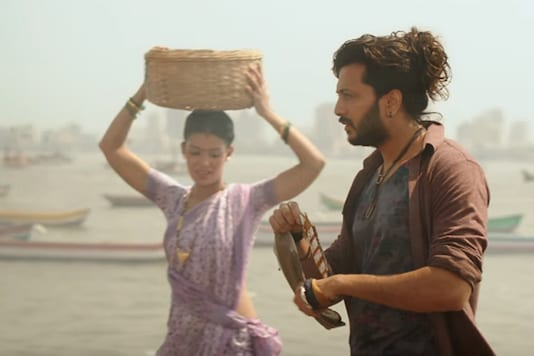 While Riteish plays the role of a street musician in the film, Nargis essays the role of a DJ.