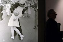 Nurse Kissed in Iconic World War II Photo Dies