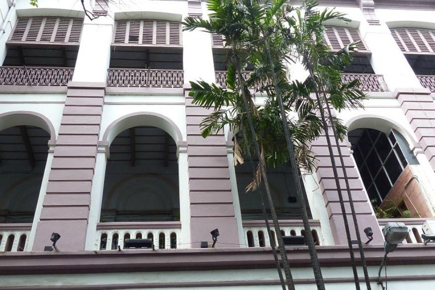 Kolkata's Presidency University Asked to Stop Screening of 'Ram ke Naam' Documentary