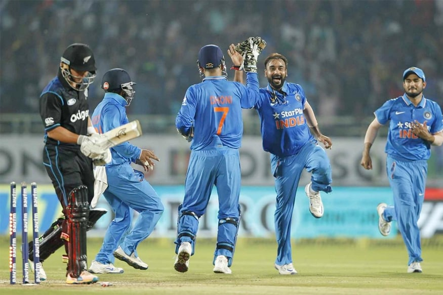 India vs New Zealand: Amit Mishra Takes Five Wickets To Help India Clinch Series at Vizag