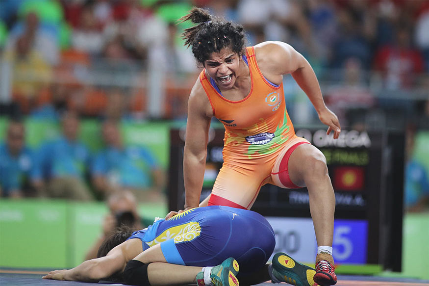 Sakshi Malik Grabs Spot for World Championship, Ritu Phogat
