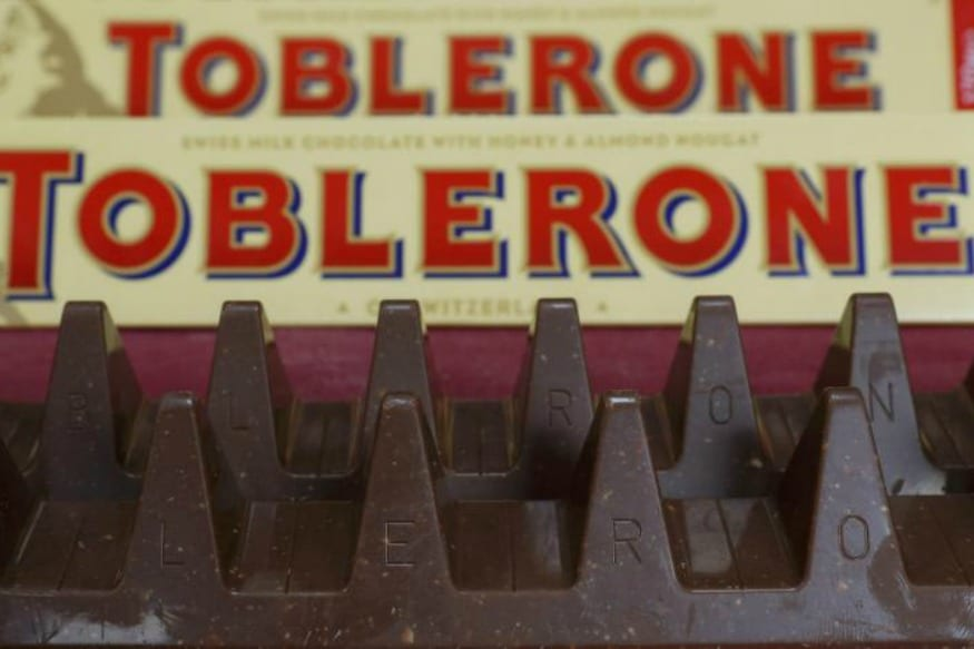 (Photo: Reuters/150g and 170g bars of Toblerone chocolate are illustrated in Loughborough, Britain.)