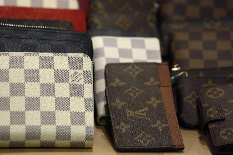 wallets-1