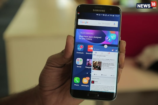 The 6-month-old  Samsung Galaxy S7 edge in all its glory. (Image: News18.com)