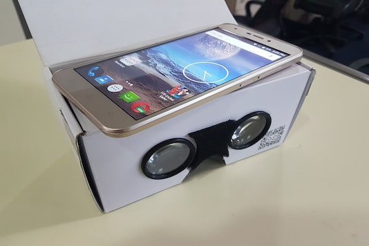 Intex recently launched its budget smartphone Aqua 5.5 VR with Virtual Reality Technology. (Image: News18.com)