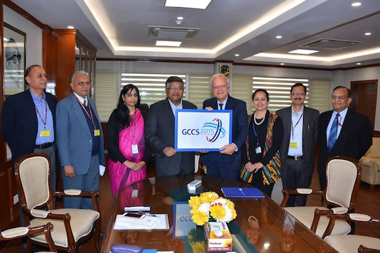 The formal handing over the GCCS is being done by H.E. Mr Alphonsus Stoelinga, Ambassador of Netherlands to Shri Ravi Shankar Prasad, Hon'ble Minister of Electronics and IT, in the presence of Ms. Aruna Sundararajan, Secretary, MeitY and Dr. Ajay Kumar, Additional Secretary, DeitY.  (Image: Ministry of Electronics & Information Technology)