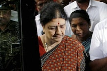 I-T Officials Ready to Question Sasikala in Prison But There's a Problem. She is on 'Maun Vrat'