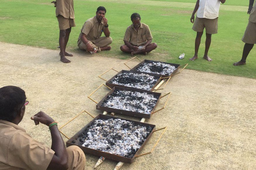 India vs England, 5th Test: Groundsmen Use Burning Coal to Dry Pitch at MA Chidambaram Stadium in Chennai