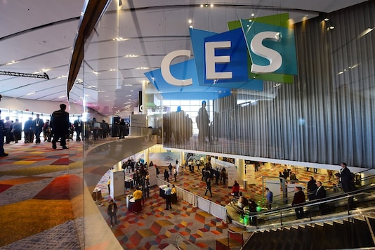 Attendees are seen by a CES sign, January 6, 2016 on the first day of the CES 2016 Consumer Electronics Show in Las Vegas, Nevada.   (Image: AFP PHOTO)