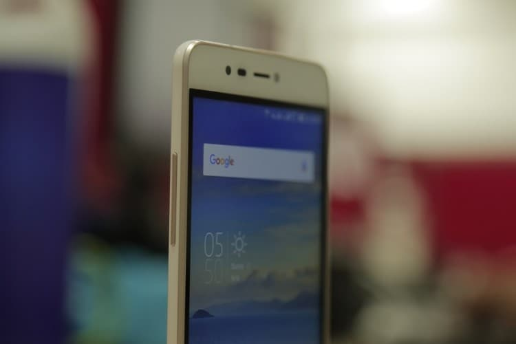 Coolpad Mega 3 Review: Beauty Without Brains - News18