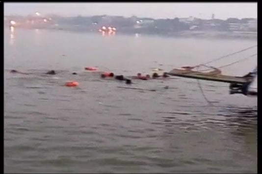 A TV grab of the Patna Boat accident