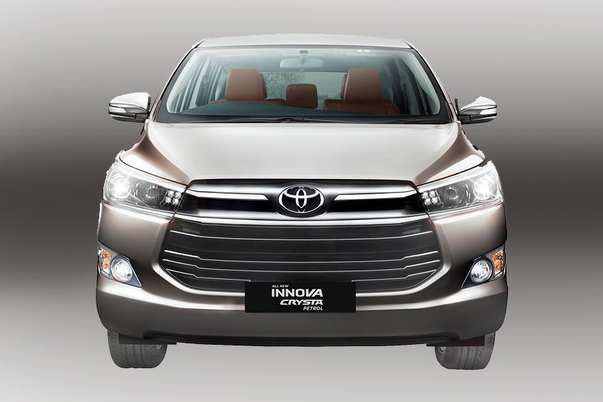 Toyota-Innova-Crysta-Front