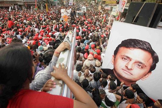 File photo of Samajwadi Party workers rallying in support of Akhilesh Yadav.