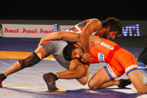 Action from the PWL 2017 match between Haryana and Delhi.