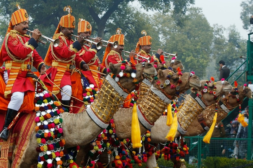 (Photo: Reuters/A military marching band riding camels performs in India's Republic Day parade in New Delhi January 26, 2015.)