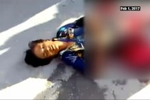 Boy Bleeds to Death After Accident, Onlookers Busy Clicking Pictures