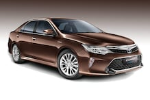 Toyota Camry Hybrid Updated, Gets Launched at Rs 31.98 Lakh