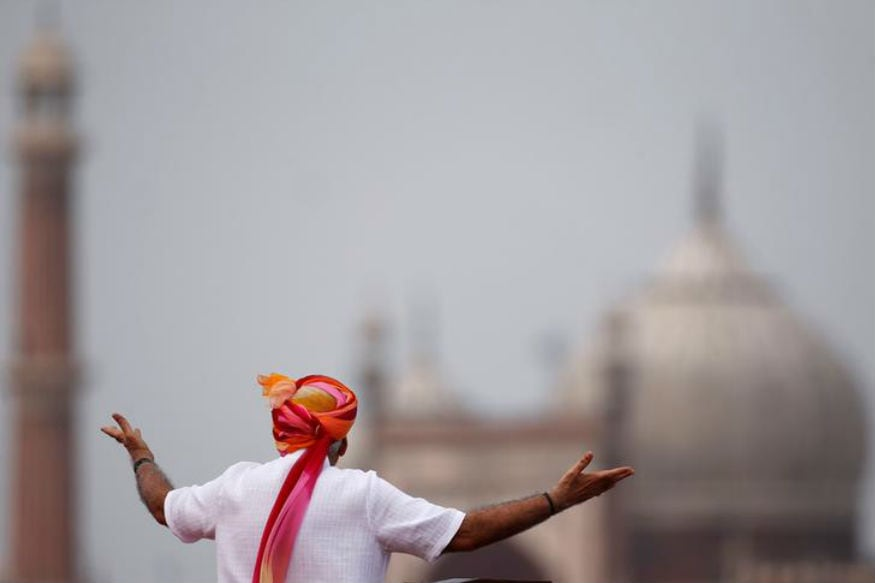 To Break Caste Barrier, Modi Invented A New Class Structure in UP