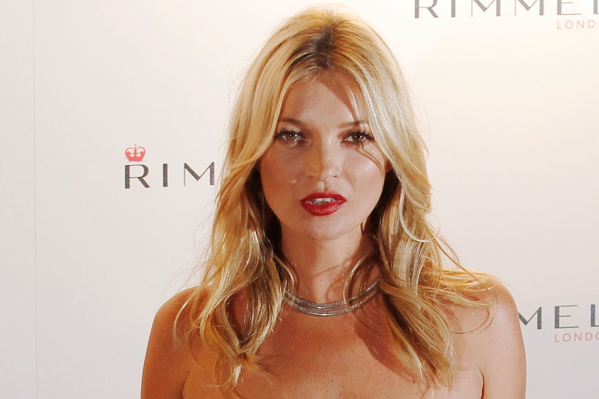 Kate Moss naked wedding photos with Jamie Hince leaked