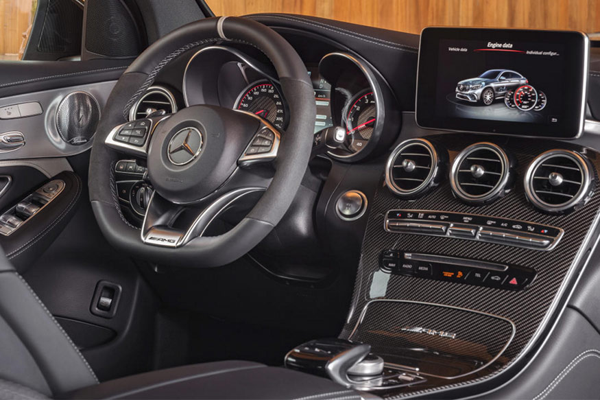 Mercedes-AMG-GLC-63-S-interiors