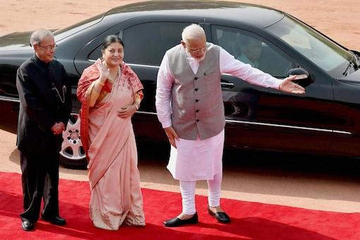 New Delhi: President Pranab Mukherjee and Prime Minister Narendra Modi welcomes the President of Nepal Bidhya Devi Bhandari during her ceremonial reception at Rashtrapati Bhavan in New Delhi on Tuesday. (Image: PTI)