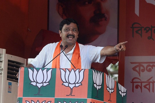 File image of Rahul Sinha addresses the public at the rally. (Image: Getty Images)