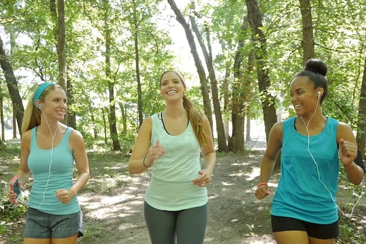 A large social network can have a positive effect on your fitness according to new research. (Photo courtesy: AFP Relaxnews/ Steve Debenport / Istock.com)