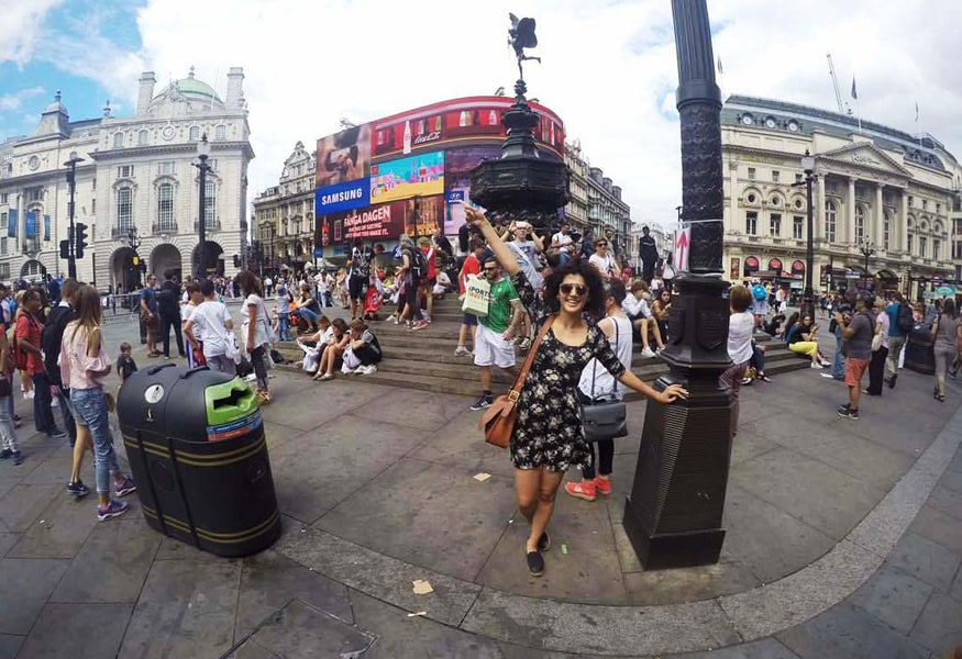 Taapsee-Pannu-in-London-7