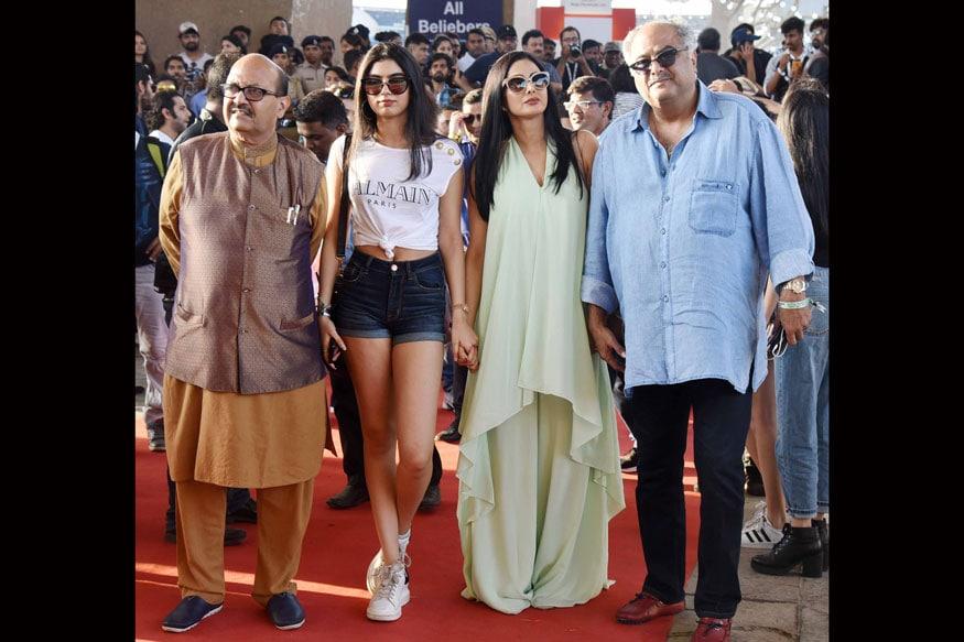 Actress Sridevi with her daughter Khushi Kapoor & husband Boney Kapoor