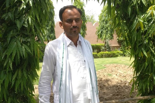 Raju Jat was one of the agitating farmers in the northernmost district of Rajasthan, a fertile tract watered by the Indira Gandhi canal. He was hit by a bullet, but survived. (Photo: Tushar Dhara, News18)