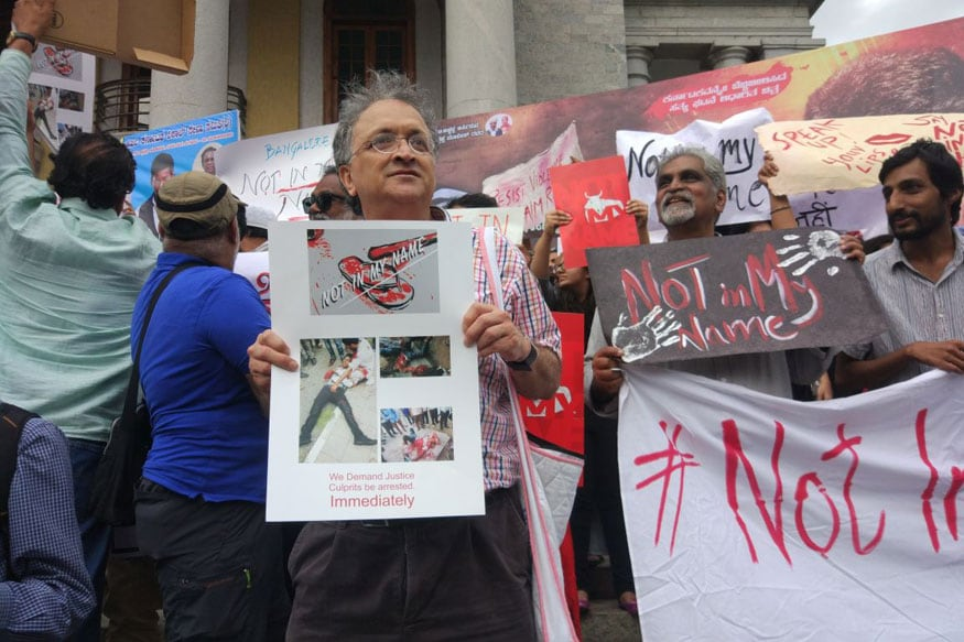 Historian Ramchandra Guha joined the hundreds in protesting at the Town Hall (Photo: Network18)