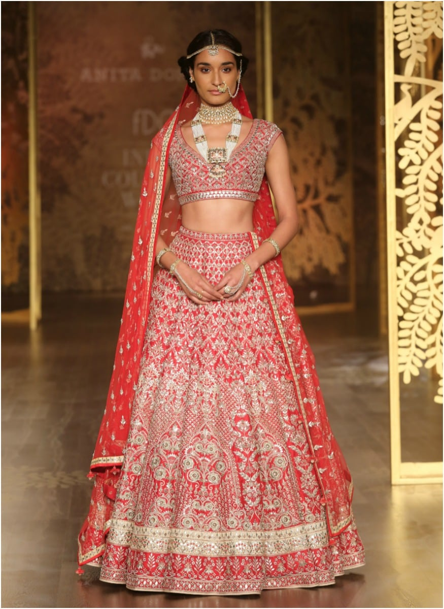 ICW 2017: Anita Dongre's 'Tree Of Love' Makes Couture Look