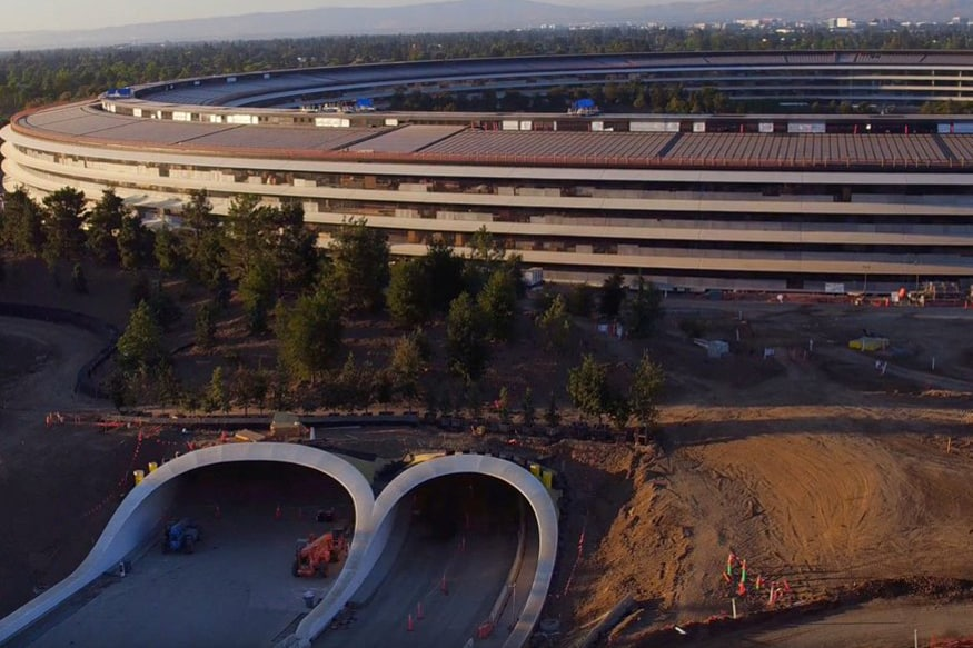 Apple goes green, embraces clean energy sources for its offices
