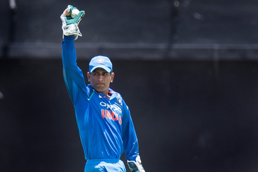 India vs South Africa: MS Dhoni Becomes First Indian Wicket-keeper to Effect 400 Dismissals in ODIs