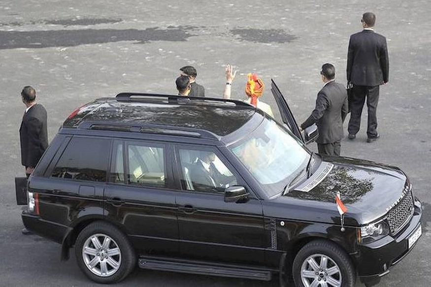 Prime Minister Narendra Modi arrives at Red Fort in Range Rover. (Image: AP)