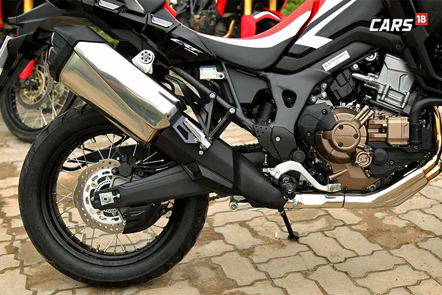 Honda-Africa-Twin-Ground-Clearance