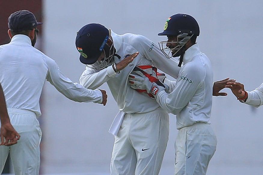 India vs Sri Lanka 2017: Virat Kohli & KL Rahul Do the Dab to Celebrate Upul Tharanga's Wicket