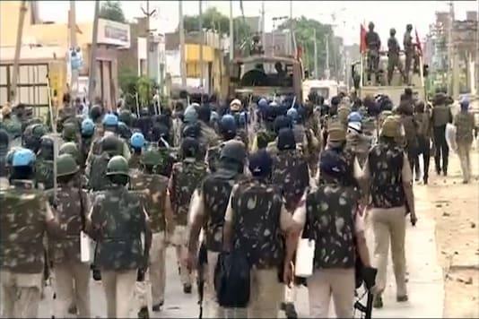 Army and paramilitary personnel at Dera Sacha Sauda headquarters in Sirsa. Representative image.