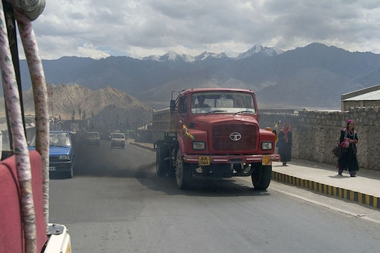 Truck pumping out dirty exhaust fumes in Leh.  Representational image. (Getty Images)