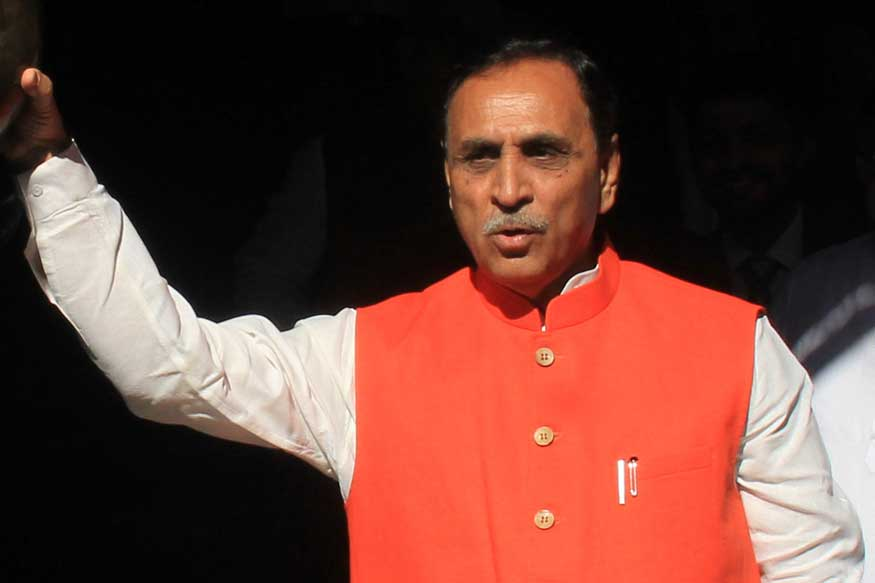 UP Congress Welcomes Vijay Rupani With Black Flags To Protest Attacks on Migrants in Gujarat