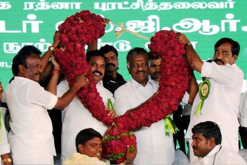 File photo of Tamil Nadu CM E Palaniswami and  DMK chief O Panneerselvam. (PTI Photo)