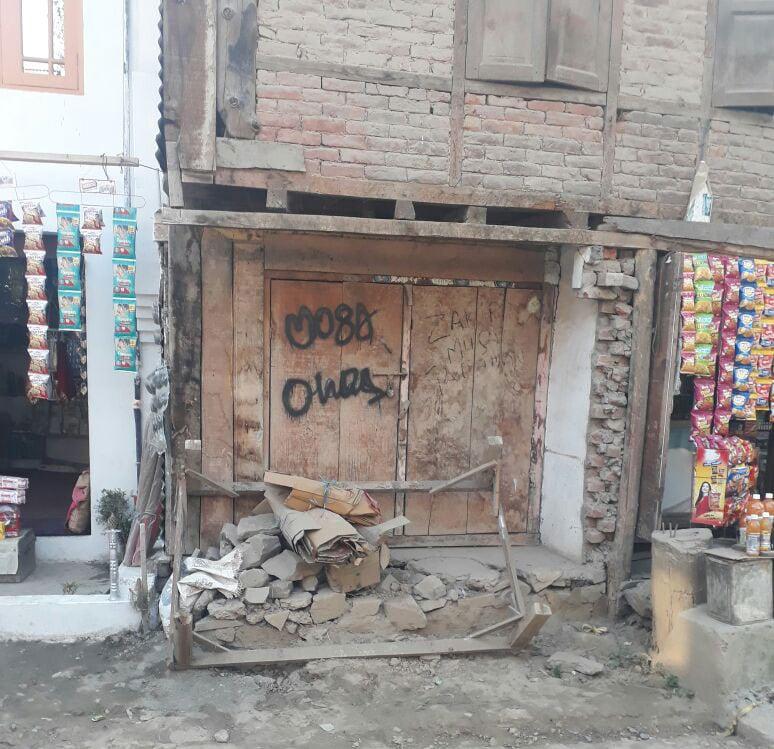 Kashmir Beyond Cliches I Meet Zakir Musa A Boy Born Into Wealth