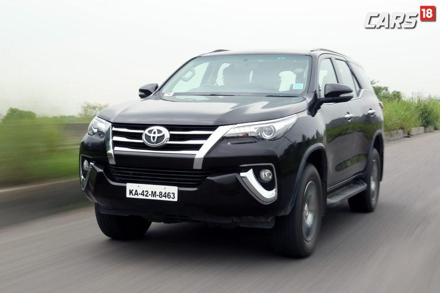 Toyota Fortuner 2 7 4x2 At Review The Ford Endeavour Competitor News18