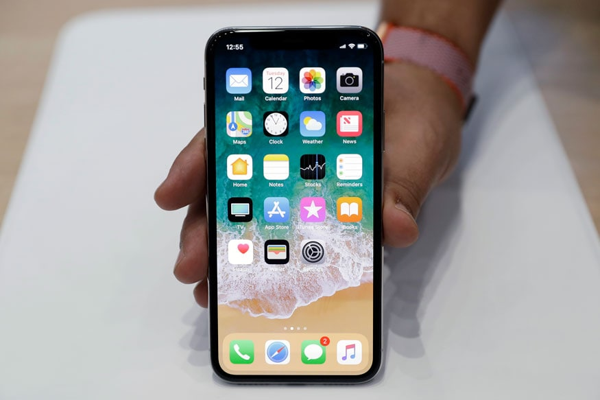 Man Returning From Dubai Caught Smuggling 100 iPhone X Worth
