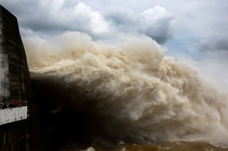 Nine Dead and Five Missing as Typhoon Mitag Lashes South Korea