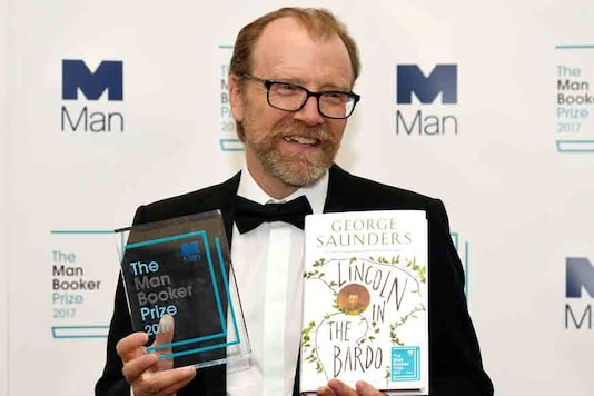 George Saunders, author of 'Lincoln in the Bardo', poses for photographers after winning the Man Booker Prize for Fiction 2017 in London. (Image: Reuters)